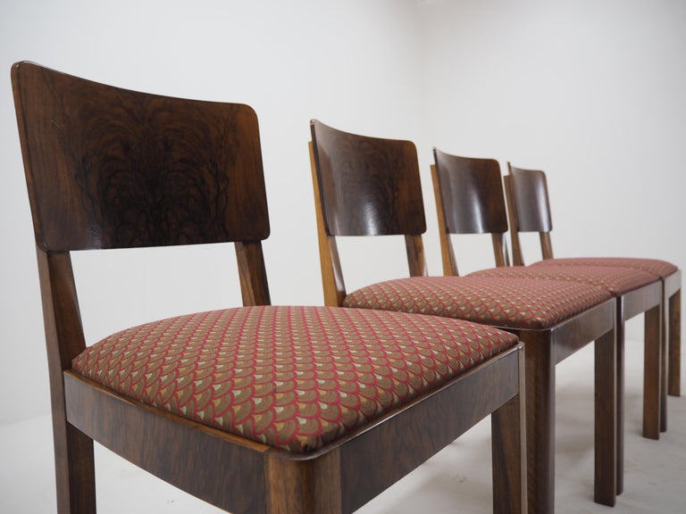 Set of Four Art Deco Dining Chairs, Czechoslovakia, 1930s In Good Condition For Sale In Praha, CZ