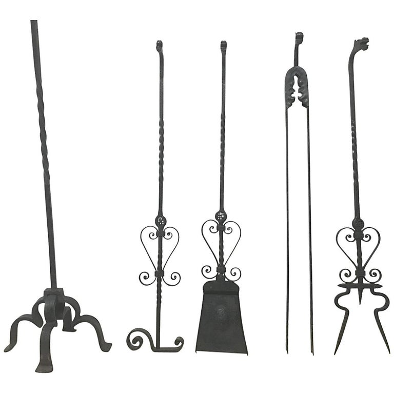 Set of Four Arts & Crafts Hand-Forged Iron Fire Utensils on a Matching Stand For Sale