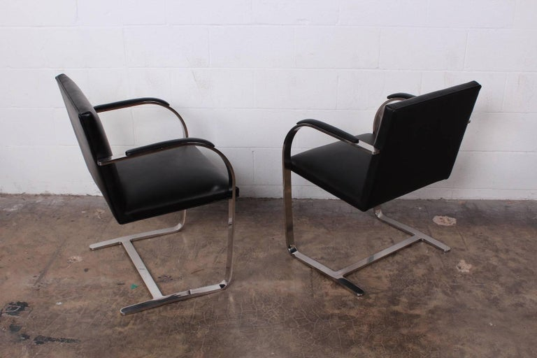 Set of Four Black Leather Brno Chairs for Knoll For Sale 3