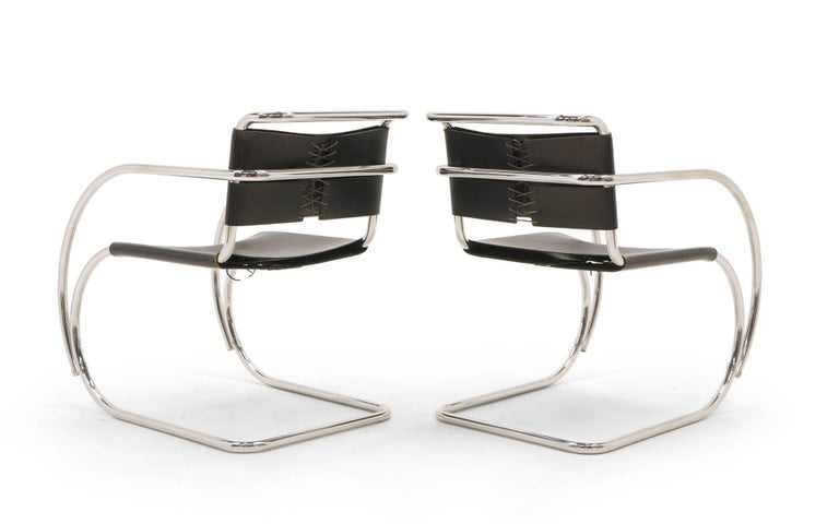Set of Four Black Leather MR 20 Lounge Chairs with Arms by Mies van der Rohe In Good Condition For Sale In Kansas City, MO