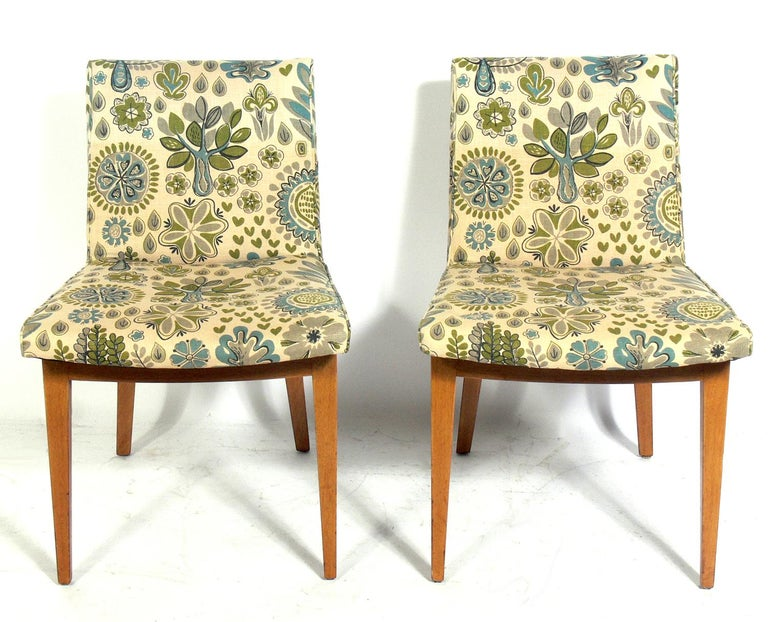 Mid-Century Modern Set of Four Bracket Back Dining Chairs by Dunbar For Sale