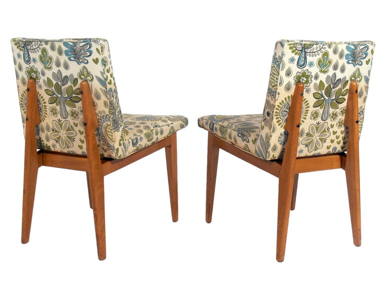 Set of Four Bracket Back Dining Chairs by Dunbar In Good Condition For Sale In Atlanta, GA