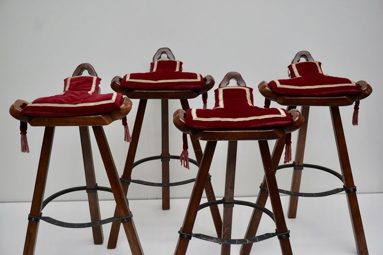 Set of Four Brutalist Bull Barstools Marbella Light Brown For Sale 7