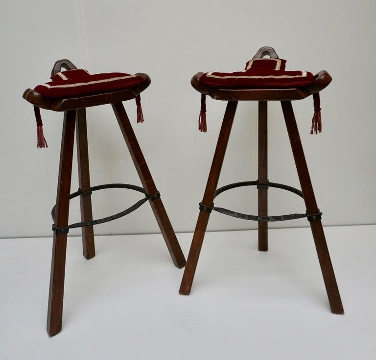 Mid-Century Modern Set of Four Brutalist Bull Barstools Marbella Light Brown For Sale
