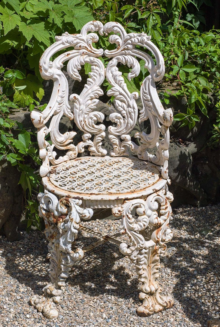 Rococo Set of Four Cast Iron Victorian Garden Chairs For Sale