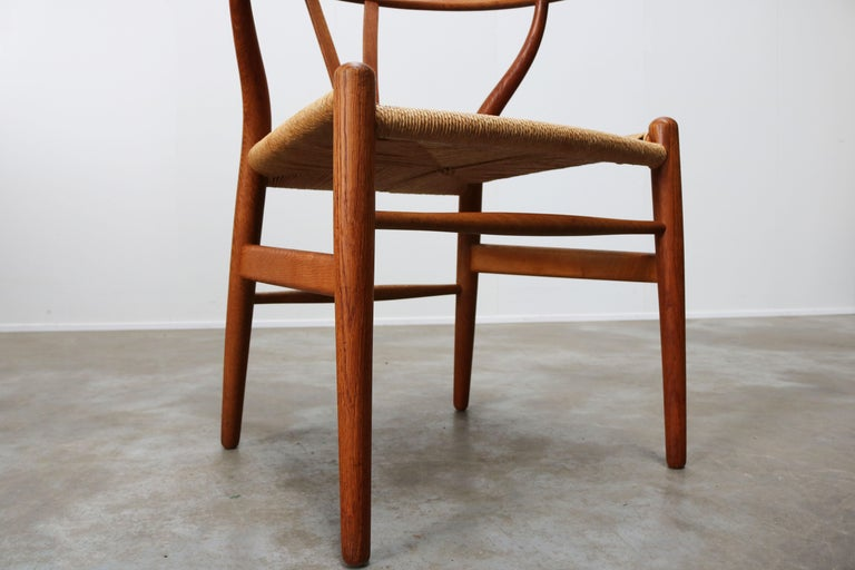 Set of Four CH24 ''Wishbone'' Chairs by Hans J. Wegner Oak Papercord Carl Hansen For Sale 7