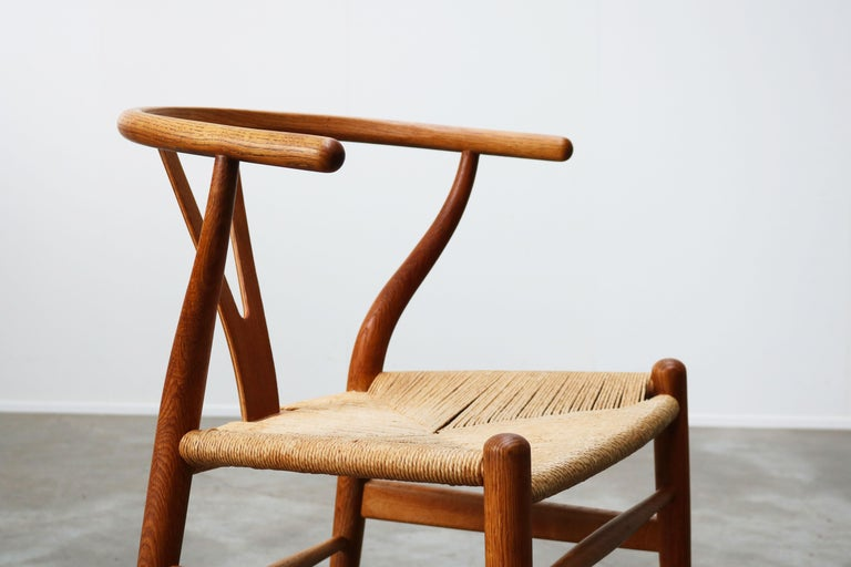 Danish Set of Four CH24 ''Wishbone'' Chairs by Hans J. Wegner Oak Papercord Carl Hansen For Sale