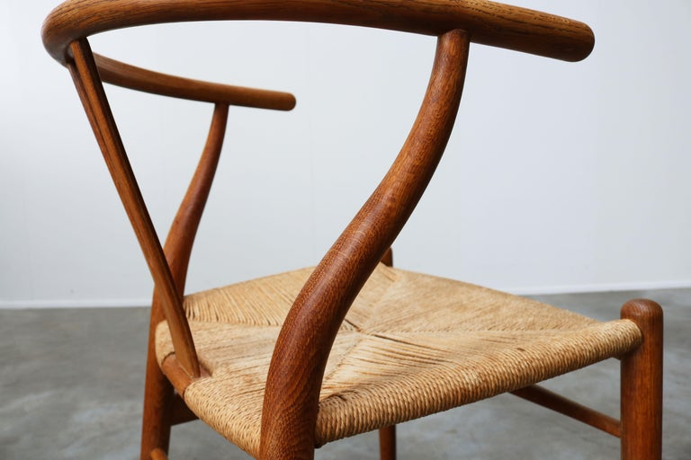 Mid-20th Century Set of Four CH24 ''Wishbone'' Chairs by Hans J. Wegner Oak Papercord Carl Hansen For Sale