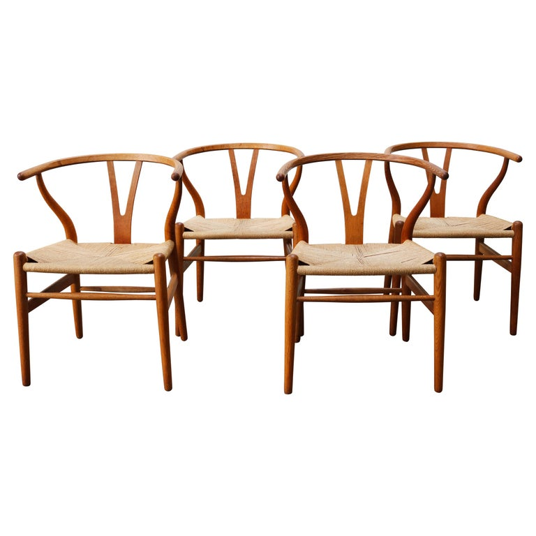 Set of Four CH24 ''Wishbone'' Chairs by Hans J. Wegner Oak Papercord Carl Hansen For Sale
