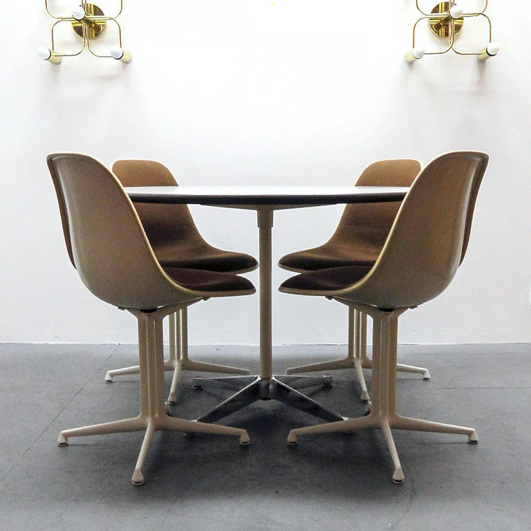 Aluminum Set of Four Charles and Ray Eames La Fonda Chairs For Sale