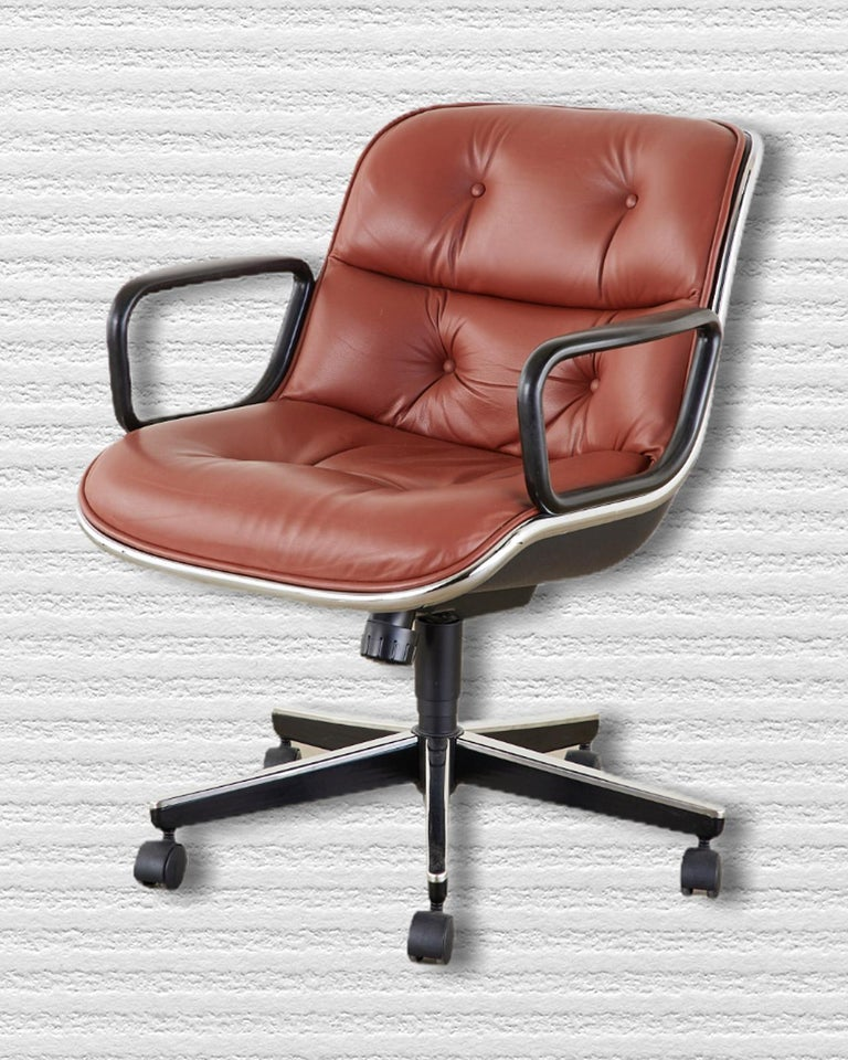 Mid-Century Modern Set of Four Charles Pollock for Knoll Leather Executive Desk Chairs For Sale