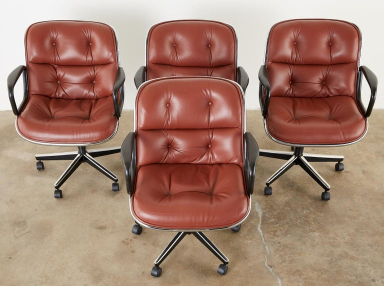 Set of Four Charles Pollock for Knoll Leather Executive Desk Chairs In Good Condition For Sale In Oakland, CA