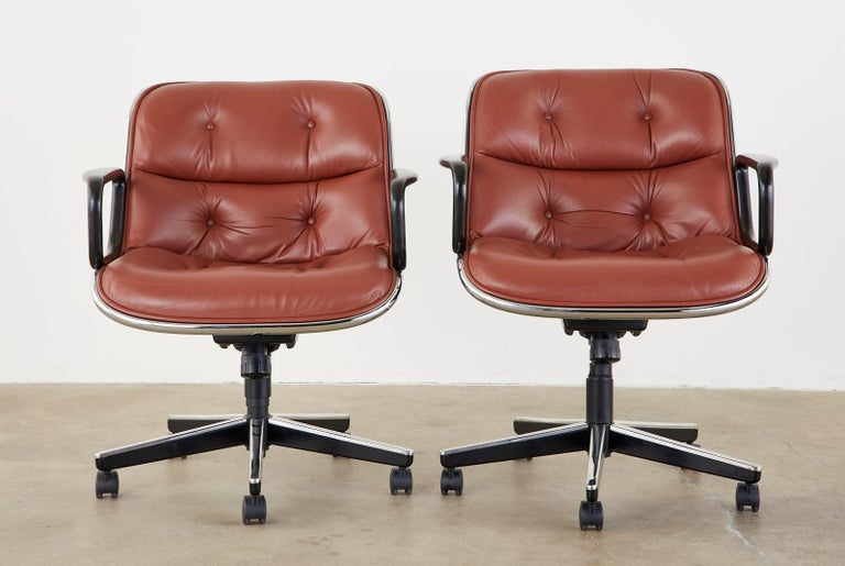 Set of Four Charles Pollock for Knoll Leather Executive Desk Chairs For Sale 1