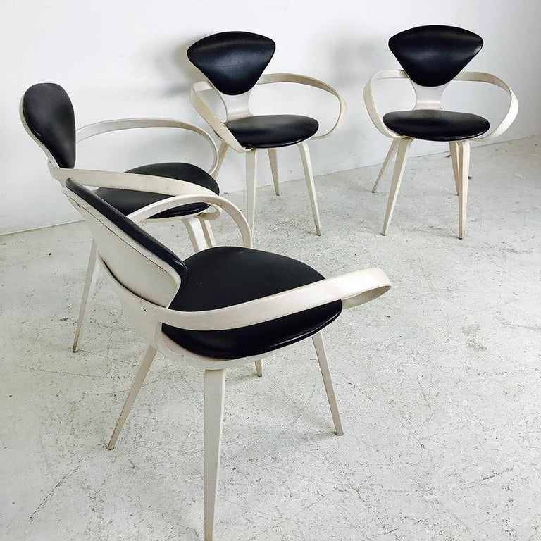 20th Century Set of Four Cherner Armchairs for Plycraft For Sale