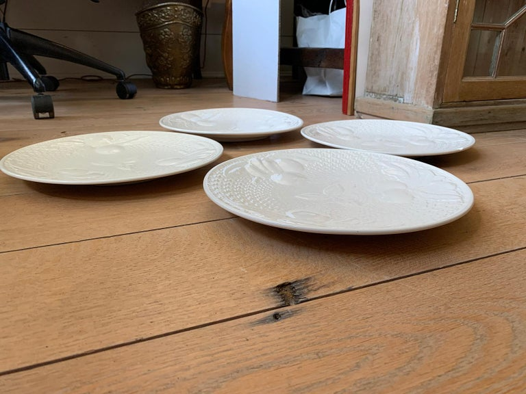 Set of Four circa 1950s White Ceramic Embossed Fruit Plates by Ed Langbein For Sale 9