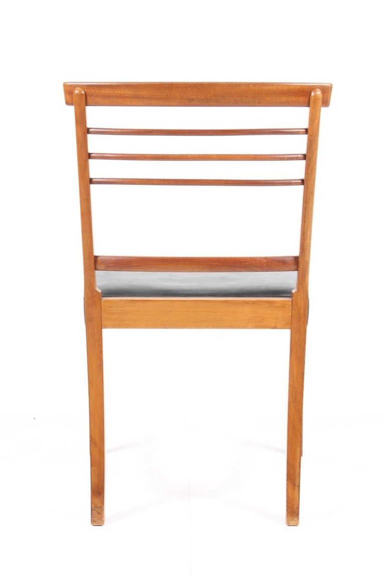 Mahogany Set of Four Classic Side chairs by Ole Wanscher For Sale