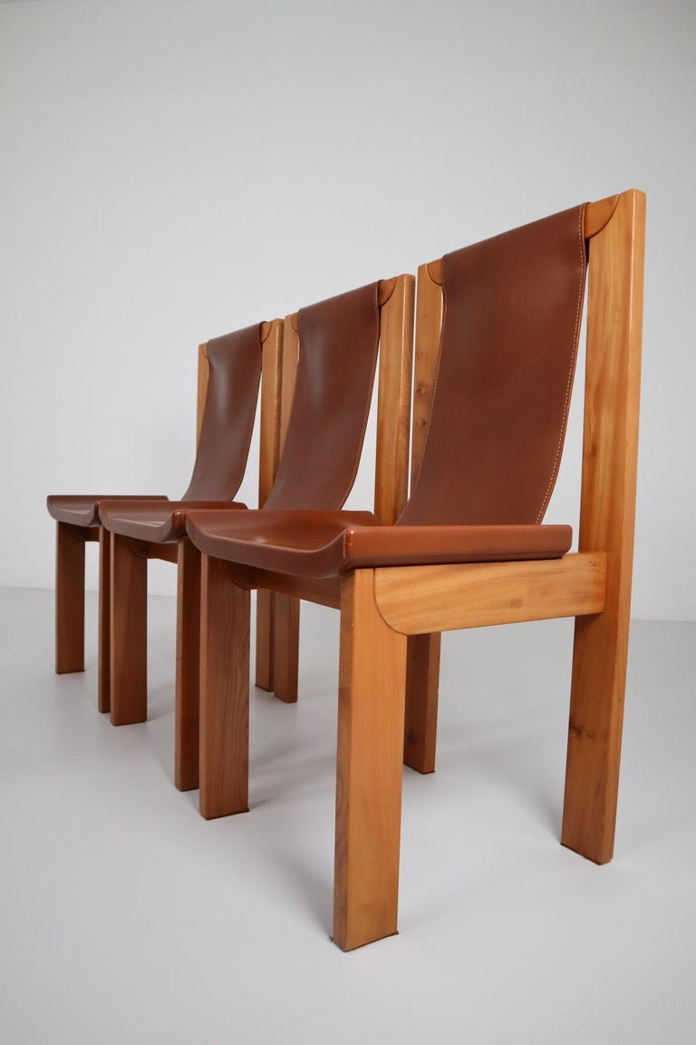20th Century Set of Four Cognac Leather Dining Chairs in Elmwood, France, 1960s For Sale