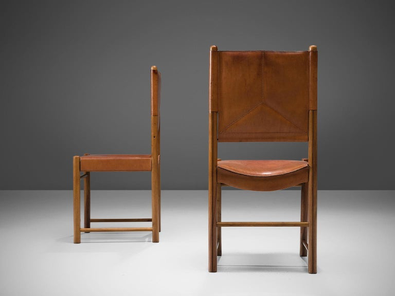 Set of Four Cognac Leather Dining Chairs, Italy In Good Condition For Sale In Waalwijk, NL