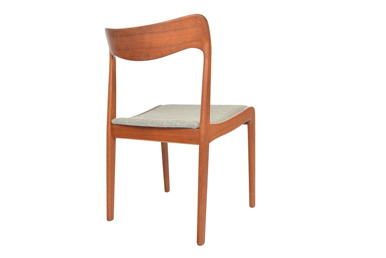 20th Century Set of Four Danish Modern Dining Chairs in Teak For Sale