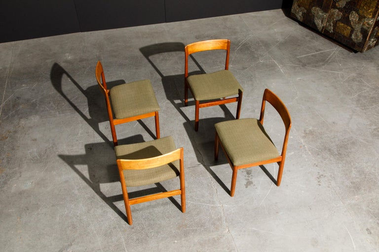 Set of Four Danish Modern Teak Dining Side Chairs in the Style of Niels Møller  For Sale 4