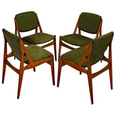 "Set of Four Danish Teak Swivel Back ""Ella"" Dining Chairs by Arne Vodder"