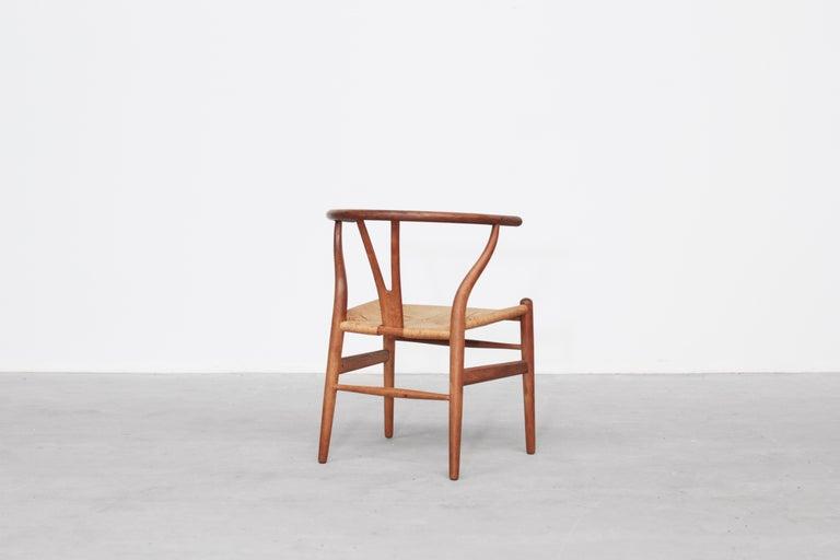 Set of Four Danish Wishbone Chairs CH 24 by Hans J. Wegner for Carl Hansen Oak For Sale 2