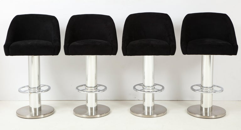 Mid-Century Modern Set of Four Design For Leisure Barstools in Chrome and Ultrasuede For Sale
