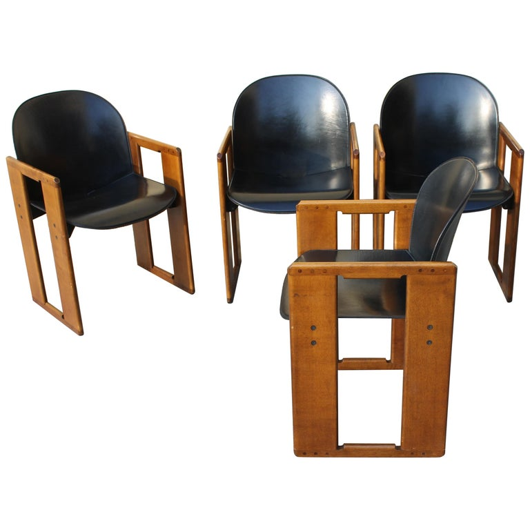"Set of Four ""Dialogo"" Black Leather Chairs by Tobia Scarpa for B&B, Italy, 70s For Sale"