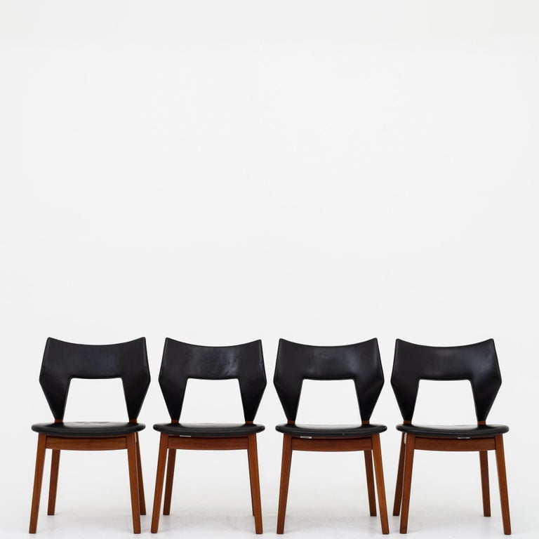 Set of Four Dining Chairs in Teak by Tove & Edvard Kindt Larsen For Sale 4