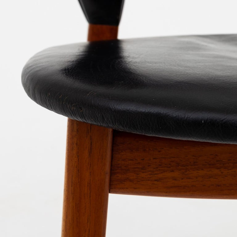 20th Century Set of Four Dining Chairs in Teak by Tove & Edvard Kindt Larsen For Sale