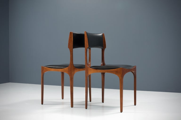 Mid-20th Century Set of Four Dining Chairs in Oak and Faux Leather by Giuseppe Gibelli, 1962 For Sale