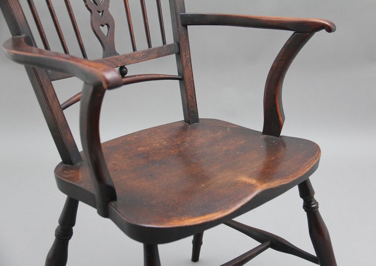 Set of Four Early 20th Century Mendlesham armchairs made from ash, yew and elm For Sale 6