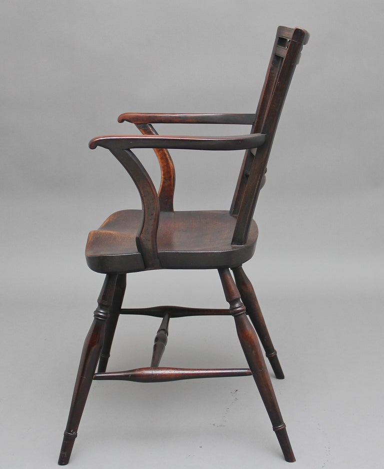 Set of Four Early 20th Century Mendlesham armchairs made from ash, yew and elm For Sale 2
