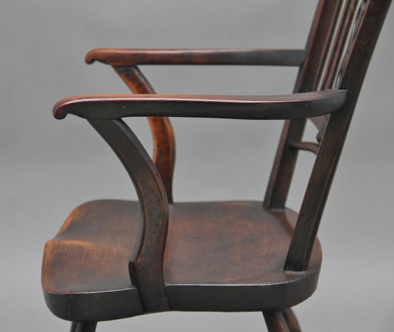 Set of Four Early 20th Century Mendlesham armchairs made from ash, yew and elm For Sale 3