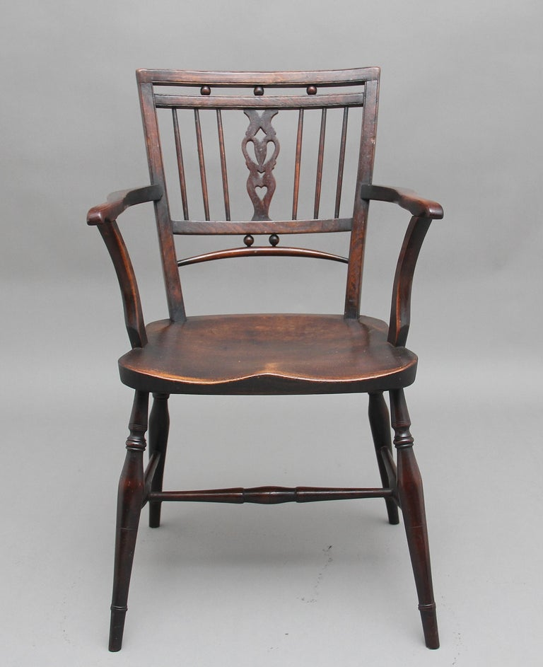 Set of Four Early 20th Century Mendlesham armchairs made from ash, yew and elm For Sale 4