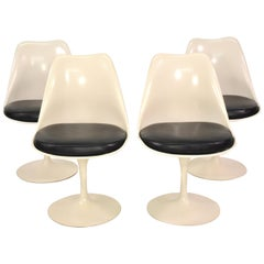 Set of Four Eero Saarinen for Knoll Tulip Armless Dining Chairs