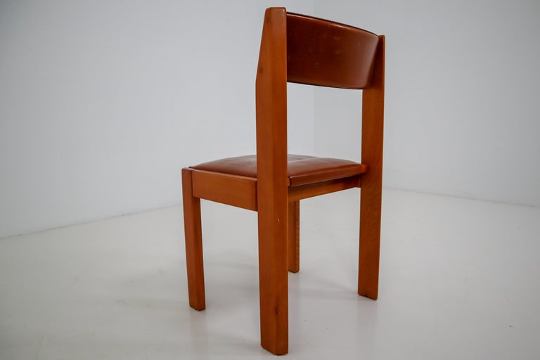French Set of Four Elm Wood and Leather Dining Chairs in the Style of Pierre Chapo For Sale