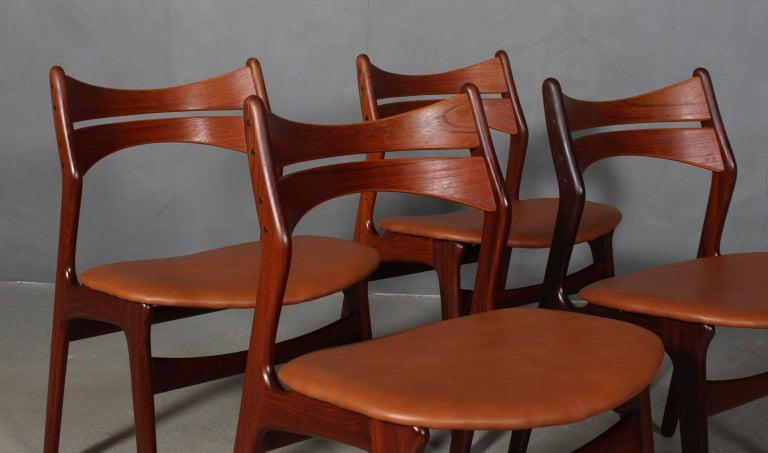 Scandinavian Modern Set of Four Erik Buch Chairs For Sale