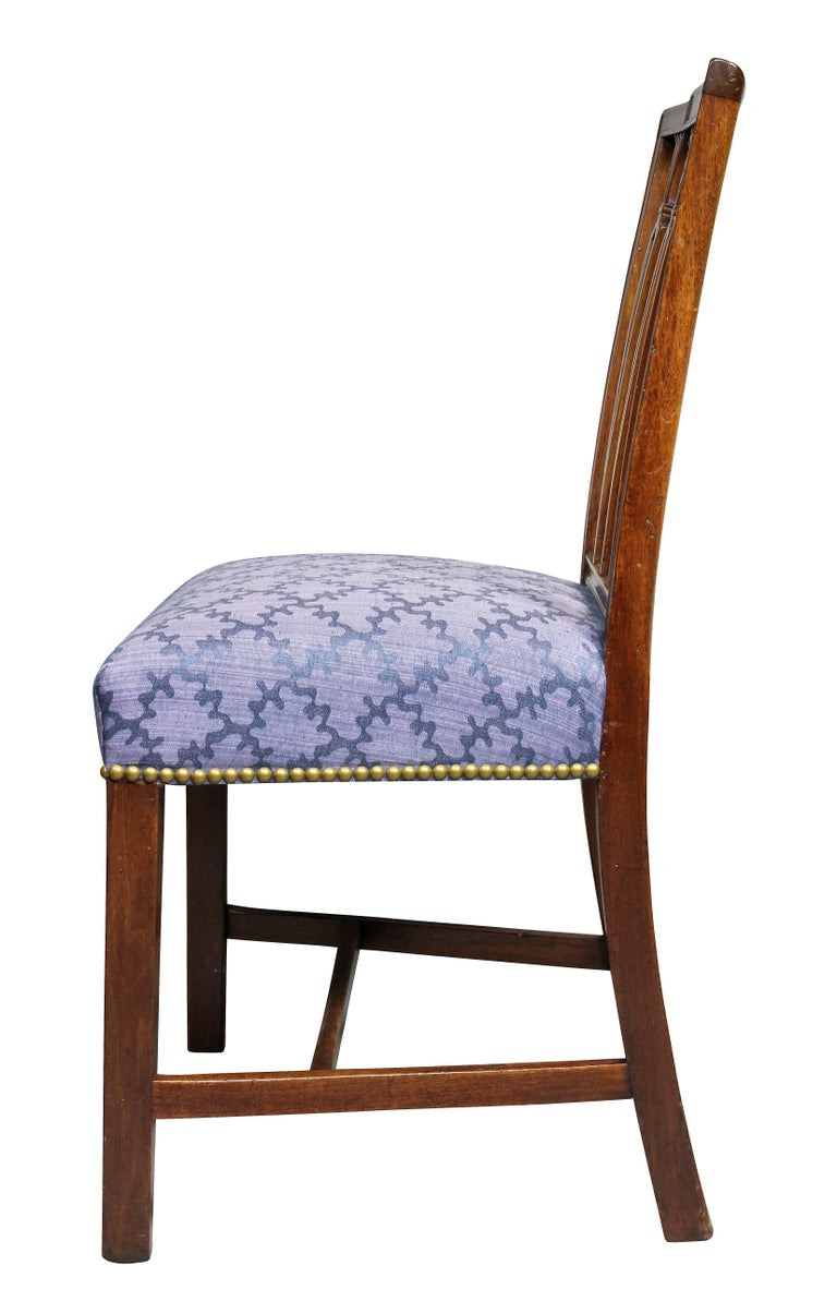 Set of Four Federal Mahogany Side Chairs For Sale 3