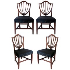Set of Four Federal Shieldback American Hepplewhite Chairs