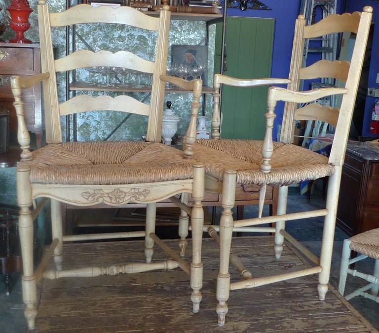 Set of Four French 19th Century Painted Provencal Armchairs with Rush Seats For Sale 4