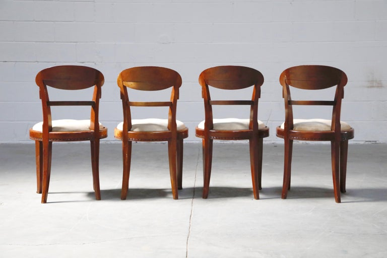 Set of Four French Art Deco Dining Chairs Attributed to Sue et Mare, circa 1920s For Sale 2
