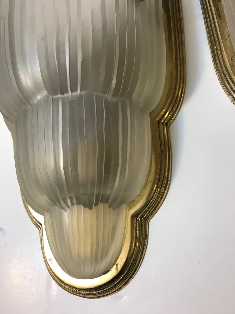 Set of Four French Art Deco Sconces Signed by Sabino For Sale 3