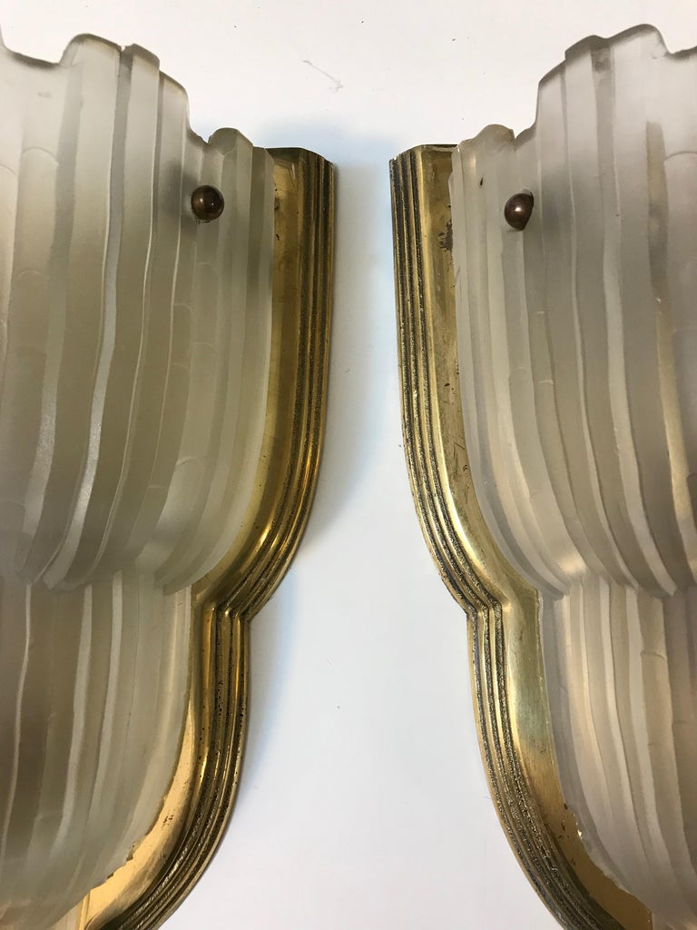 Set of Four French Art Deco Sconces Signed by Sabino For Sale 4