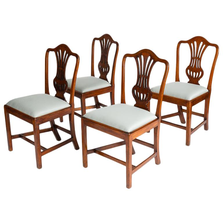 Set of Four George III Dining Chairs, England, Circa 1765-1800 For Sale