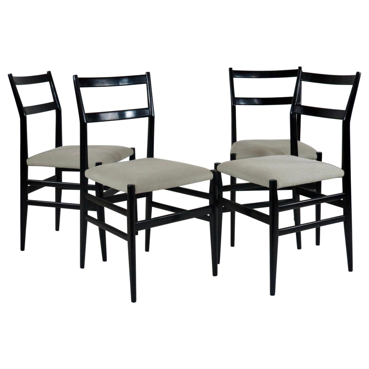"""Set of Four Gio Ponti Black Laquered """"Leggere"""" Chairs 646 by Cassina, 1952"""