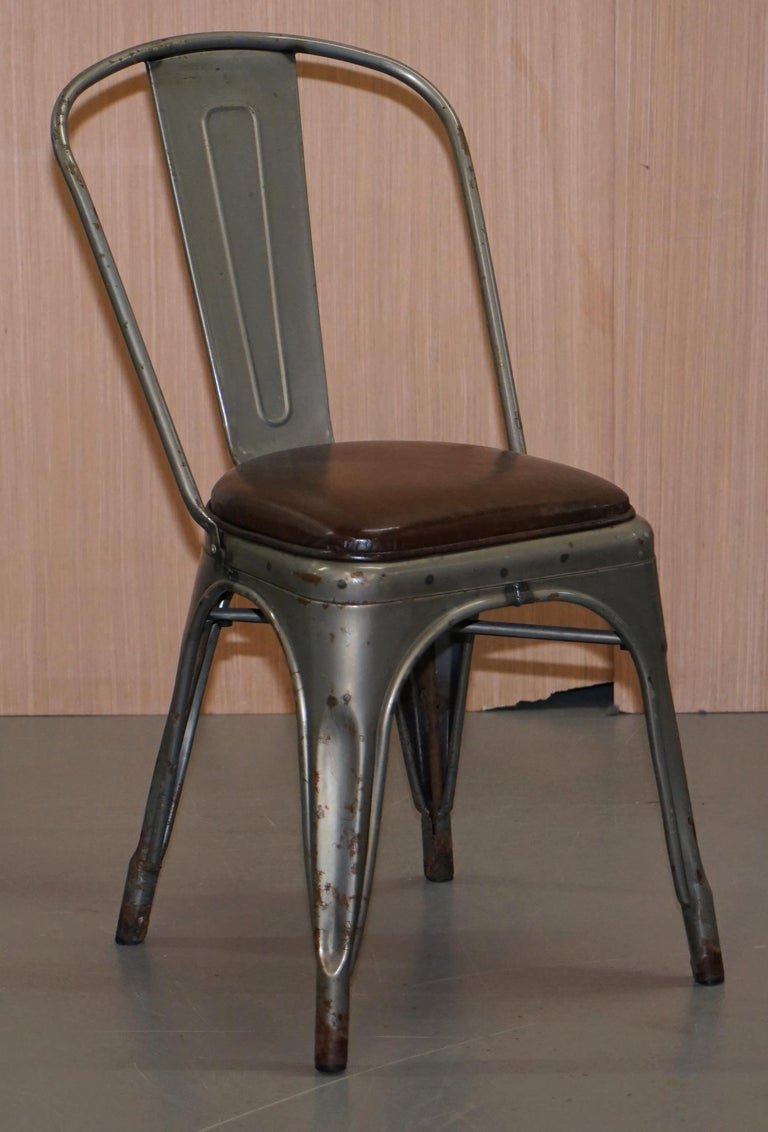 Modern Set of Four Gun Metal Grey Stacking Chairs Tolix V2 with Upholstered Seat Pad For Sale