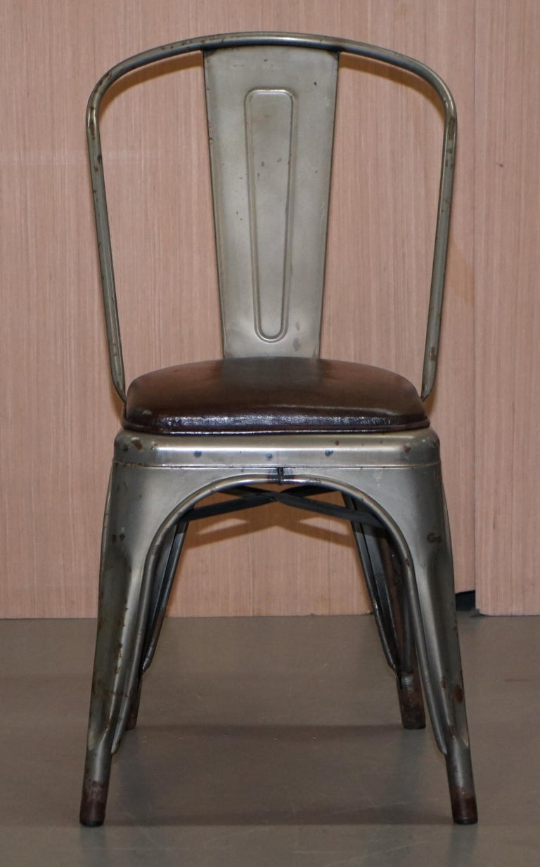 English Set of Four Gun Metal Grey Stacking Chairs Tolix V2 with Upholstered Seat Pad For Sale
