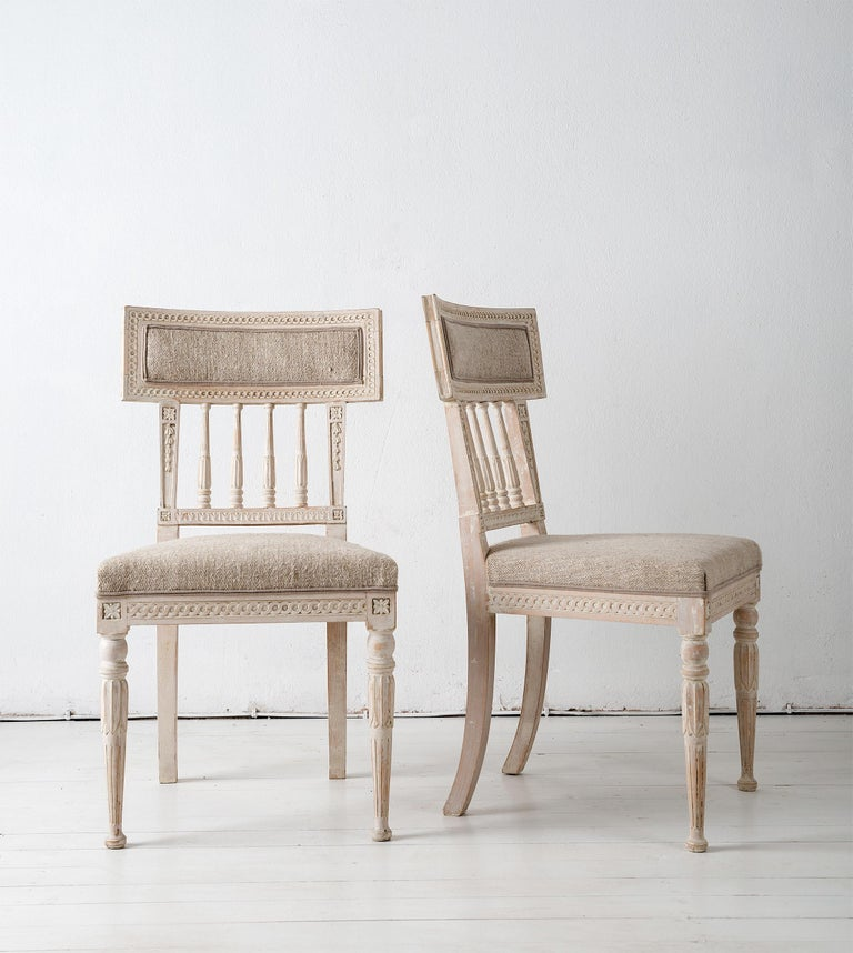 Set of Four Gustavian Dining Chairs For Sale 2
