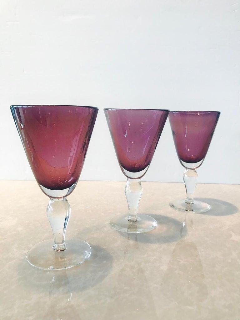 Mid-Century Modern Set of Four Handblown Amethyst Murano Stemware Glasses For Sale